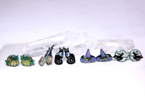 Magical witch earrings chicorydellarts